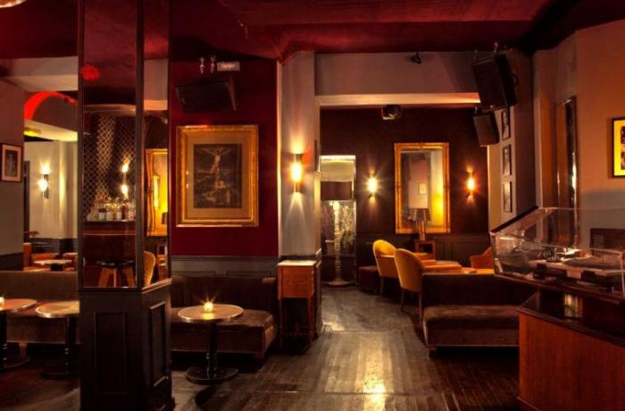 Un club réputé à Paris pour vos soirées