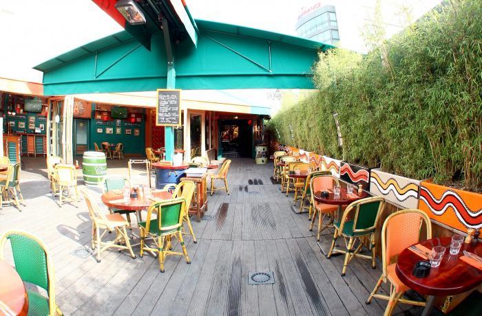 Le Café Oz Denfert-Rochereau à Paris.