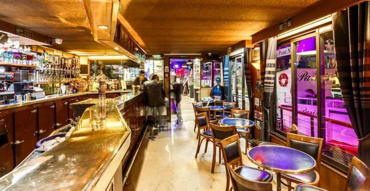 Captain's Bar : salle principale