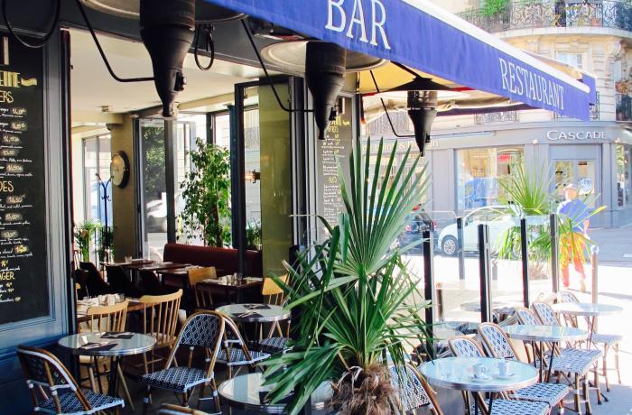 La Seine Café à Paris.