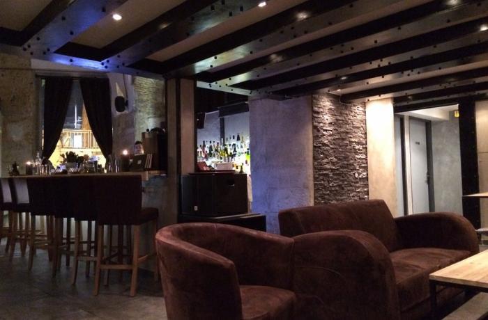 Le Puzzle Bar à Nice.