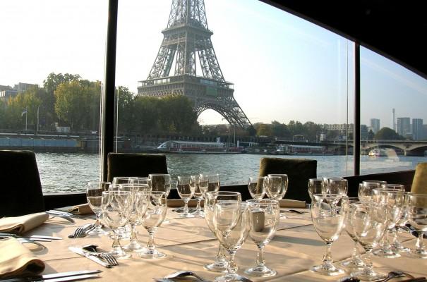 Privatiser un restaurant à Paris : combien ça coûte ?