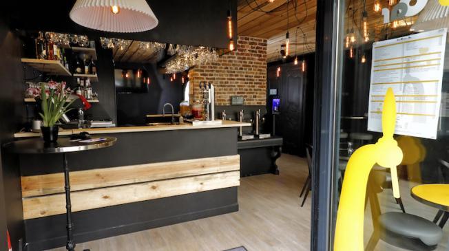 Le Freemousse bar : La salle principale