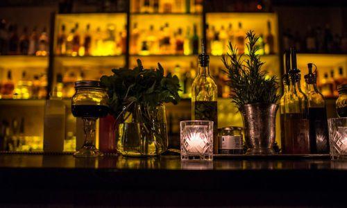 Le Moonshiner : Le bar