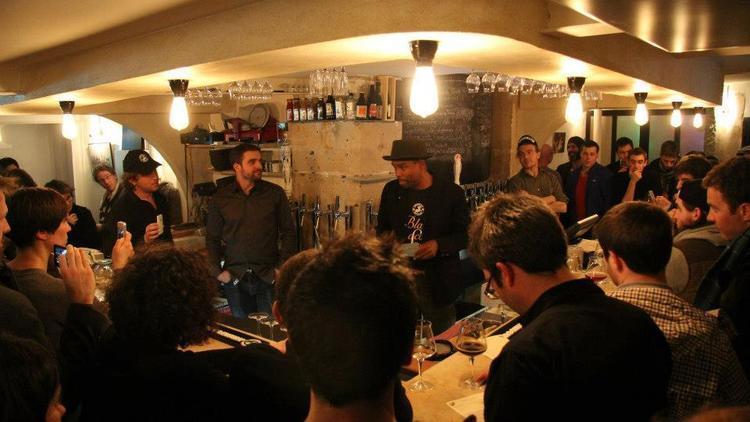 Bar à bière, la fine mousse