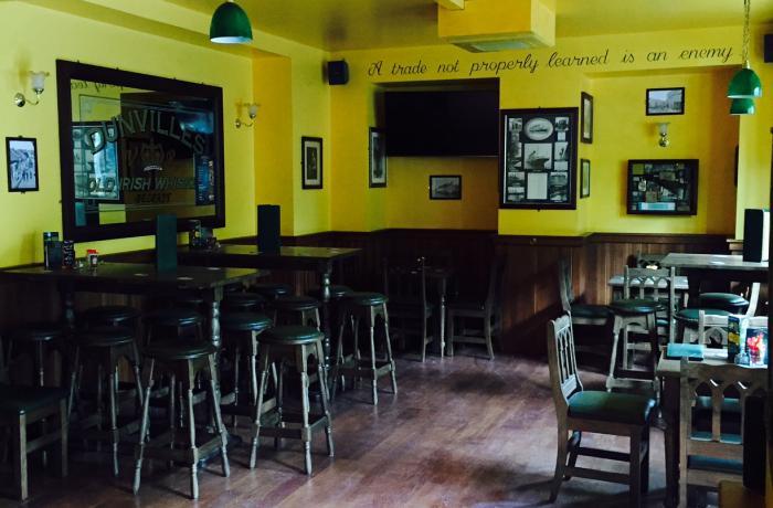 Le Corcoran's Lounge Place de Clichy - Le Bar