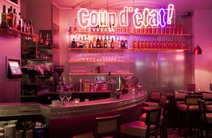 Le Bar-Restaurant le Coup d'Etat à Paris 1 - Le bar