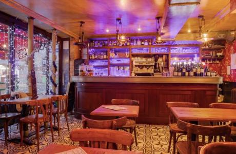 Le Bar-Restaurant l'Estaminet à Paris 11 - Le bar du rez-de-chaussée