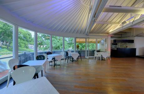 top salles pour un anniversaire paris louer avec lesbarr s. Black Bedroom Furniture Sets. Home Design Ideas