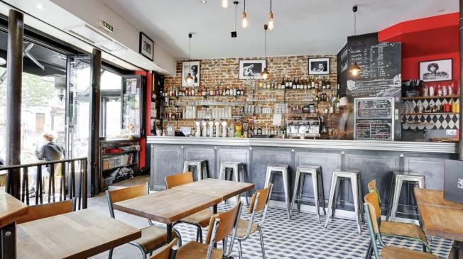 Le Bar-Restaurant l'Eventail à Paris 11 - Le comptoir