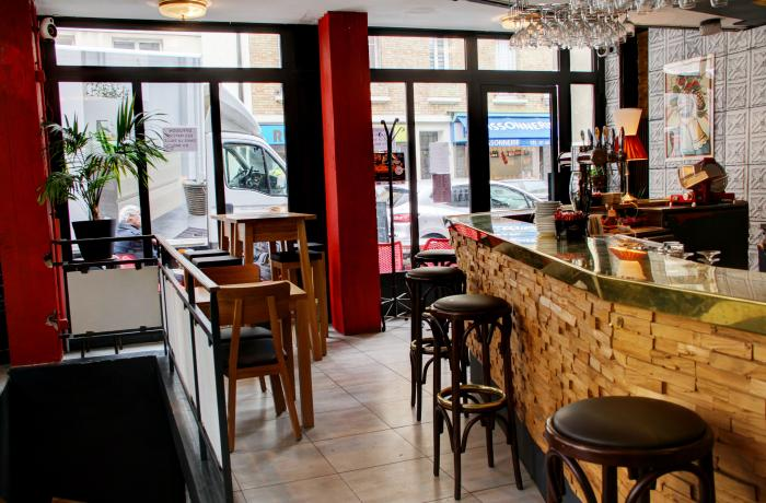 Le Bar-Restaurant l'Ô 104 à Boulogne-Billancourt - Le bar