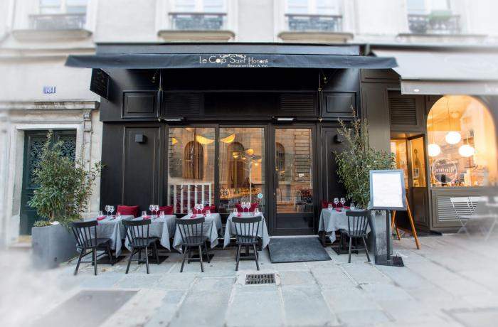 Le Bar-Restaurant le Cap Saint Honoré à Paris 8 - La devanture