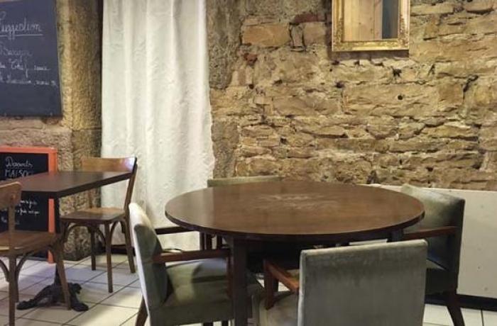 Bar Le Moo Café-Comptoir à Lyon - Réserver avec LesBarrés Le Comptoir Lyon on