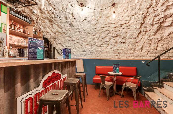 Le Bar-Restaurant le Biscornu à Paris 2 - Le bar de la cave
