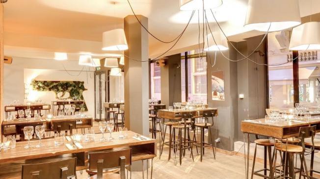 Le Restaurant-Club l'Atelier des Artistes à Paris 11 - Un espace du bar