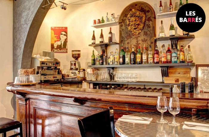 Le Bar-Restaurant la Biscotte à Paris 8 - Le bar