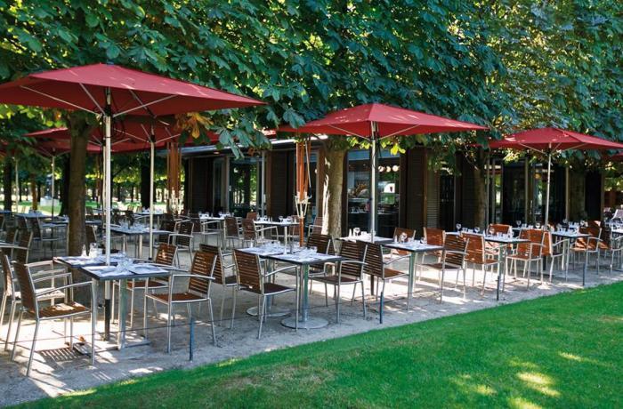 Restaurant le caf des marronniers paris r server avec for Restaurants paris avec terrasse ou jardin