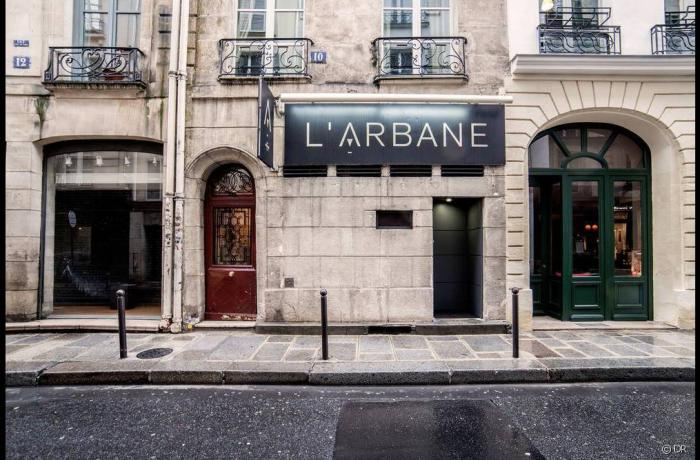 Le Bar à cocktails l'Arbane à Paris 6 - La devanture