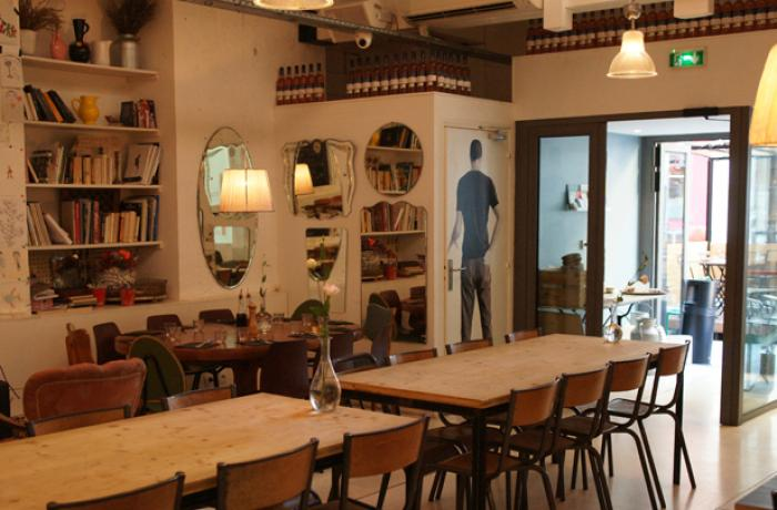 Le Bar-Restaurant le RosaLina Bar à Nice - La totalité de l'établissement