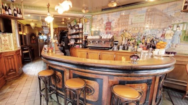 Le Bar-Pub le Lux Bar à Paris 18 - Le bar