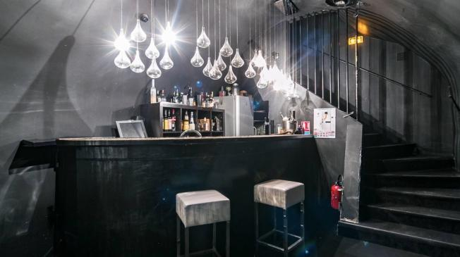 Le bar à cocktail le Maze à Paris 2 - Le rez-de-chaussée