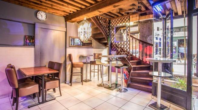 Le Bar-Restaurant le Ibiza Coffee Lounge à Lyon 1 - Le club