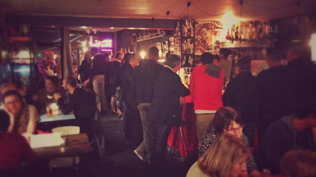Le Bar-Retaurant l'Âge d'Or à Paris 13 - Le Bar en soirée