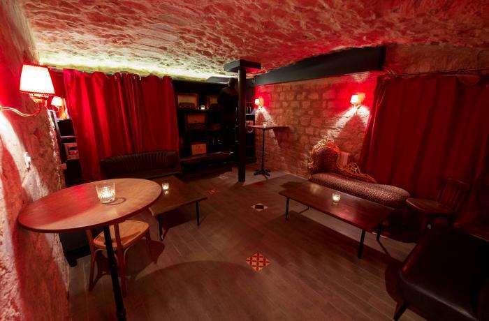 Bar Le Postiche à Paris - Réserver avec LesBarré