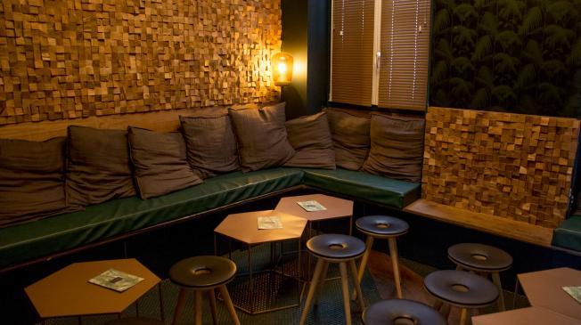 Le Bar-Pub le Klink à Paris 9 - Les canapés