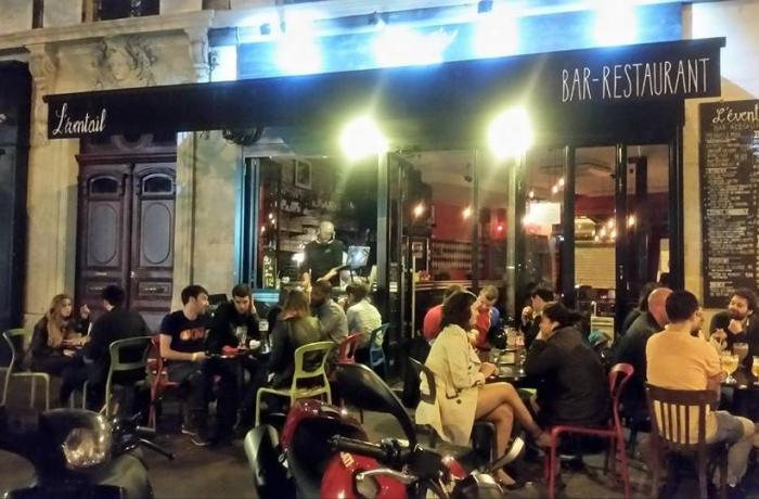 Le Bar-Restaurant l'Eventail à Paris 11 - La terrasse