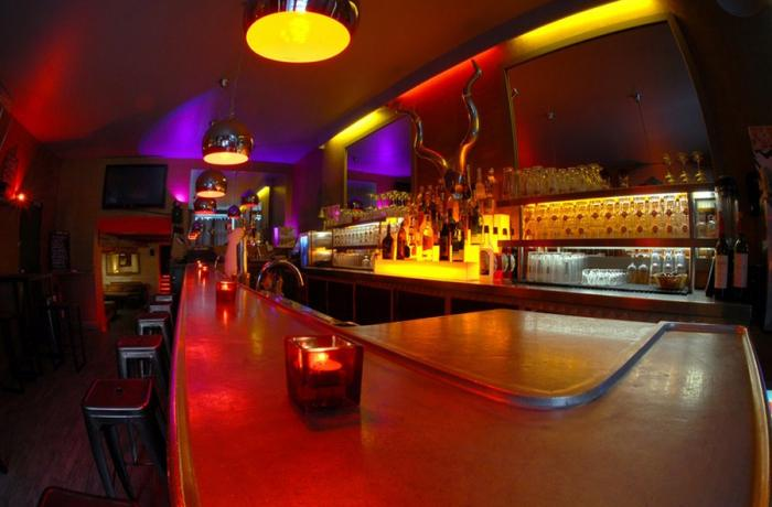 Le Club le Next à Paris 2 - Le Bar