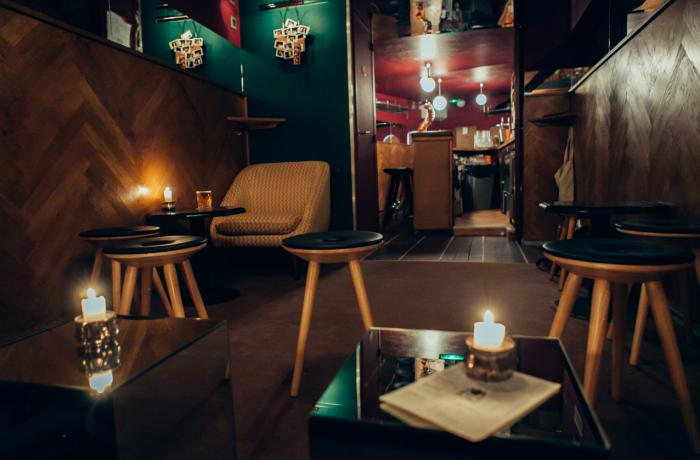 Le Bar le Mini Pong à Paris 9 - La décoration
