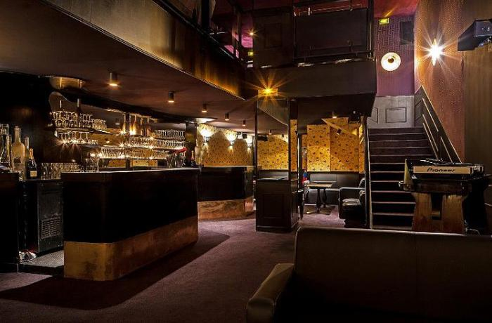 Le Bar-Club le Scarlett à Paris 6 - La totalité de l'établissement